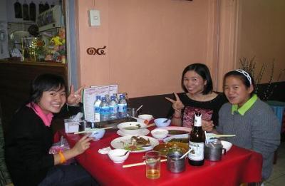 タイ北部旅行(61)チェンマイ、モーさん家族との再会.