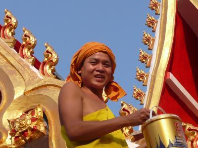 癒しの国、ラオスの首都ビエンチャン一人歩き(1)