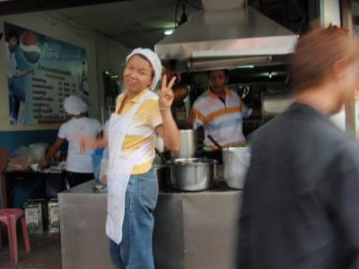 タイの浜辺(19)スラタニの人々.