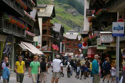 美しきスイスアルプスの大自然? 【ツェルマットの街】