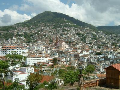 メキシコの銀で栄えた中世の町並みが美しいタスコに立ち寄ってきました。