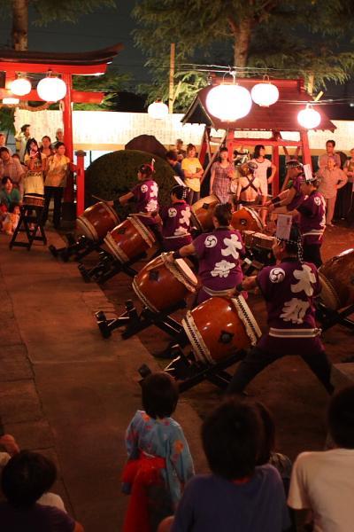 好き♪好き♪岩槻ぃ~♪城下町ぃ~♪諏訪神社の盆踊り