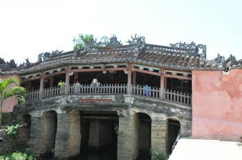 世界遺産に指定されているホイアンの古い町並