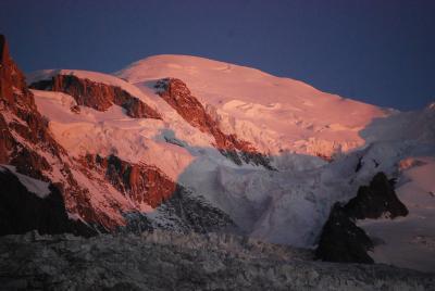 スイスハイキングで宿泊したホテルについて?プリウレ