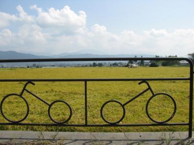 あづみ野やまびこ自転車道で安曇野へ