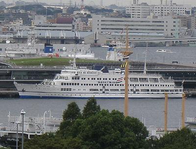 ロイヤルウィング・横浜ベイクルーズ