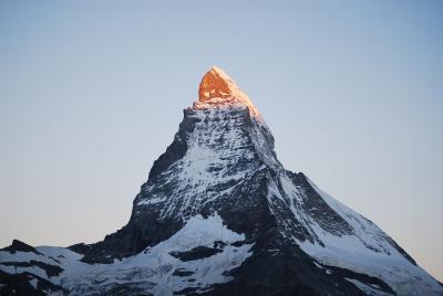 スイスの山々についての印象 PART2 ?マッターホルンその2  マッターホルンのモルゲンロート