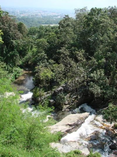 チェンマイ徒然草 其の十四 フイキャオの滝。