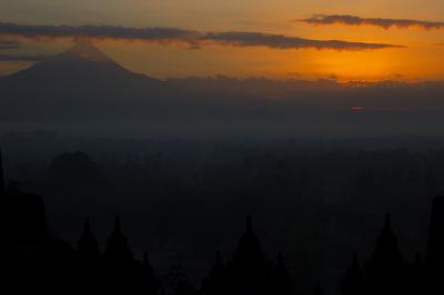 インドネシア10 ボロブ2日目(日の出、仏像、市場)