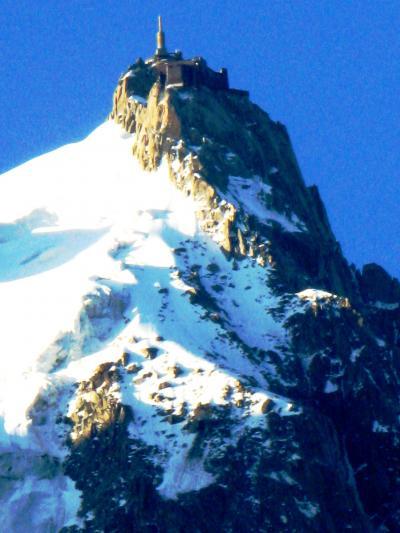スイスGR50 シャモニーで迎えた朝に ☆あの針峰が憧れのところ