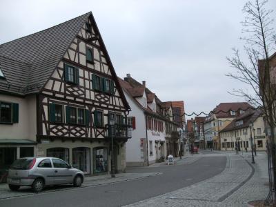 クリスマス風景の残る年末のドイツ【3】ミルテンベルクからローテンブルグへ