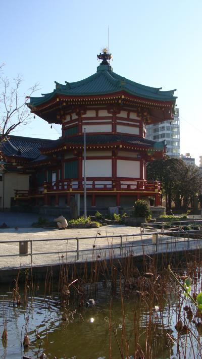 東京見物・・・上野不忍池弁天堂。