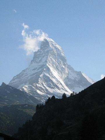 スイス「フラワーハイキング」紀行 (1)