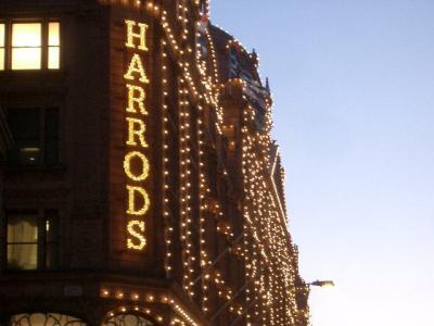 Harrods は理想的なデパート。買い物天国。