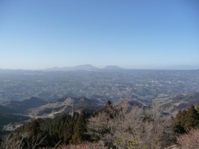 宮崎・五ヶ瀬  枡形山から阿蘇をのぞむ