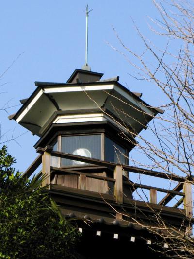 灯明台のある船橋大神宮で ☆夕日を受ける意富比神社の境内