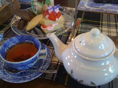 英国式アフタヌーンティー Tea&Scone ティースコーネ