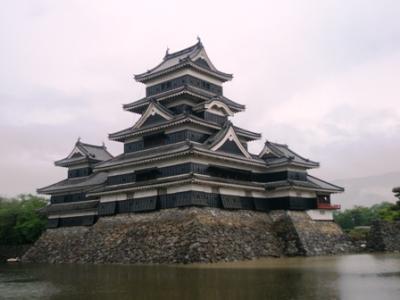 亡き母と訪れて以来40年ぶりの国宝・松本城