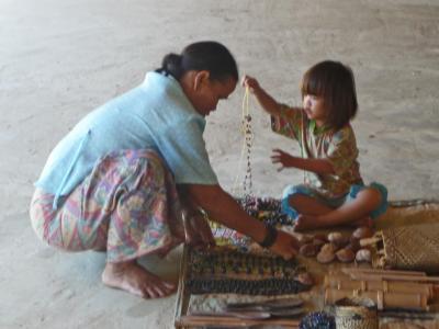 ボルネオ(サラワク)2009・・・?ムル:ジャングルの滝とロングハウスの子供達