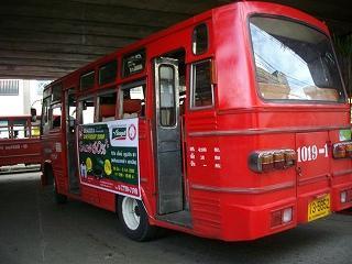 路線バス赤バス舟トンローからセンセープ河を行く