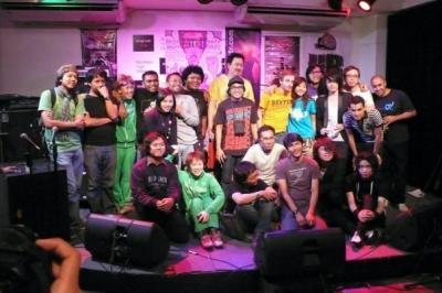Qマニラでライブ!A*FEST'09