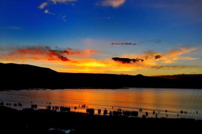 """超多忙なペルー周遊ツアー (第11弾 標高3890mの風光明媚な湖 """"Lago Titicaca """" ティティカカ湖の夕日と日の出)"""