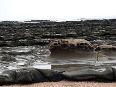 九州旅行・1 ~宮崎着、鬼の洗濯岩