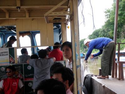 ラオス、タイ東北部紀行2009.7 ターケークからメコンを渡る