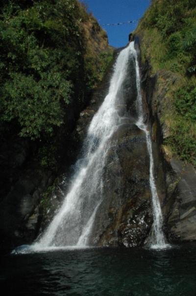 ハグスの滝(ハグス村)