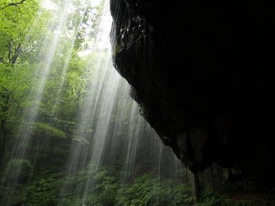 滝メグラーが行く50 裏見のできる滝・岩井滝 岡山県鏡野町