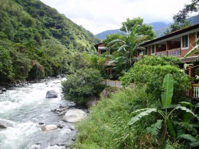 ボリビア国ラパス県の楽園コロイコのリゾートホテル−南米アンデス山脈 #5
