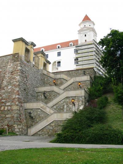 2009.8スロヴァキア,ブルガリア旅行2-夕暮れのBratislava城,旧市内