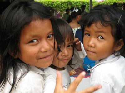 FLOWカンボジア孤児院の子どもたち