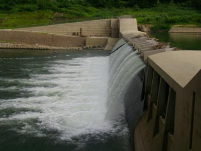 09/08 ダムの裏側探索に@湯田貯砂ダム@