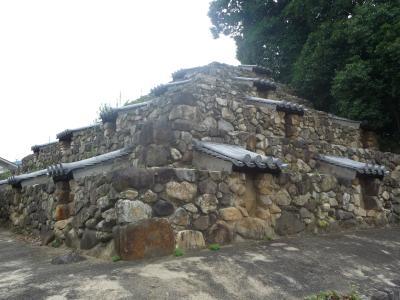 奈良市内に階段ピラミッドが!
