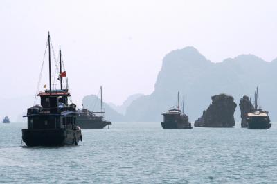 2009秋、ベトナム旅行記2(17):9月14日(7):ハロン湾クルージング