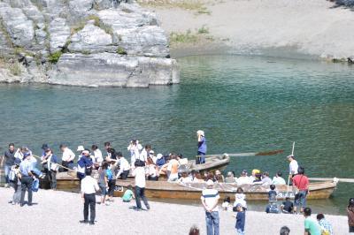 シルバーウイークの初日、車でぶらり埼玉県秩父にある長瀞の荒川ライン下り!
