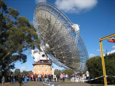 人類が月面に立ったときの地球への第一報は・・・・何とオーストラリアの天体観測所から発信!!
