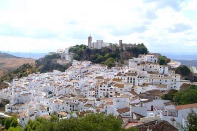 アンダルシアの白い村カサレス。