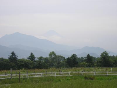 友人と清里高原で風景と食べ物を楽しむ