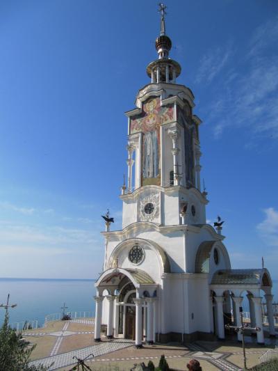2009年ウクライナ旅行第7日目(1)クリミア半島:船乗りの守護聖人の教会と山と海の景色を満喫した東海岸へのドライブ