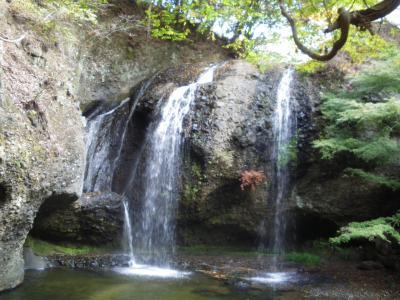 月待の滝・日本一やさしい裏見の滝