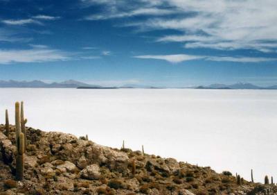 白の世界「ウユニ」と鉱山の街「ポトシ」 【ボリビア4000メートルの旅】