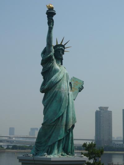 次は本物の自由の女神を見たいものです