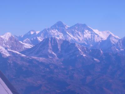 ヒマラヤ山系を空から--マウンテン・フライト編