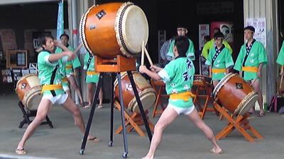 移動販売 埼玉県越谷市 クレープ、カレーたこ焼き、ホットドッグ、メロンパン ファン祭り