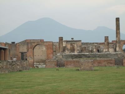 イタリア26 ポンペイ遺跡4(フォーロ)