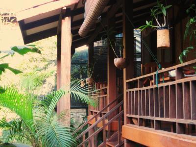 Laos ロングステイの下見旅 (2) ホテルをとるのに苦労しました