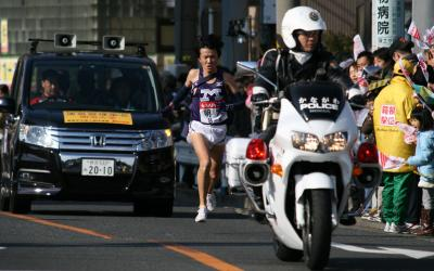 2010年 第86回東京箱根間往復大学駅伝競走/9区 保土ヶ谷で応援