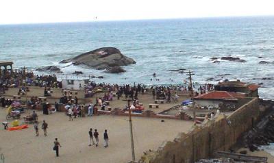 南インド19: 最南端 「コモリン岬」 と 「ガンジー・メモリアル・ホール」
